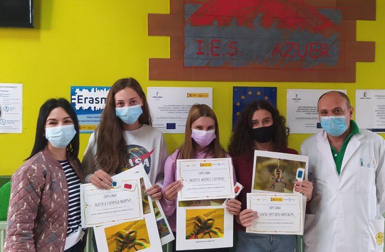 """Tres alumnas del IES Azuer premiadas en el concurso nacional de productos finales de """"Mosquito Alert"""""""
